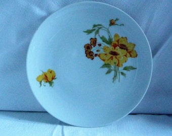 Set of 3 Kahla Porcelain Plates made in GDR, German Porcelain Floral Dinner Plates, Yellow Flowers Ceramic Serving Plates