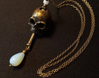 Big Skull & Opal Necklace - big skull in bronze - Pearl drop Opal - Gothic