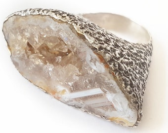 Exclusive ring. Silver Ring. Geode Ring. Unique ring. Original ring. Raw Quartz. Geode ring. Silver ring. Raw Stone Ring
