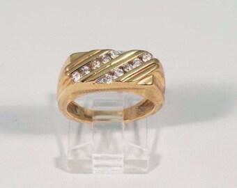 14K Yellow Gold Mens 1/2 ct. tw. Diamond Ring, Size 5.75
