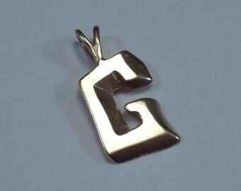 """14K Yellow Gold Letter """"G"""" Pendant"""