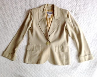 Blazer, jacket Yves Saint Laurent variation YSL vintage haute couture