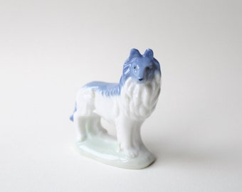 Vintage Rough Collie ceramic figurine. Lassie figurine. Rough collie delicate ceramic figurine. White and blue dog figurine, animal lover.