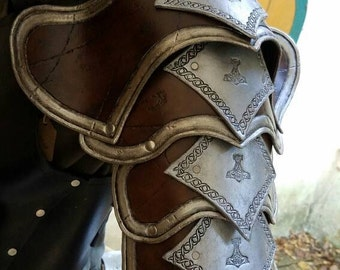 Handcrafted Leather Pauldron