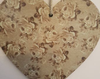 Vintage Hanging Heart - Green/Grey Floral