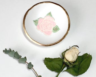 The Rose Jewelry Dish / Personalized Jewelry Dish / Personalized Ring Dish / Gifts for Her / Engagement / Wedding / Gift / Bridesmaids Gift