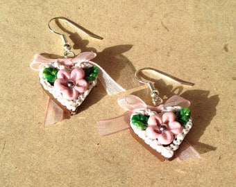 Earrings heart, gingerbread-heart pink with flower and bow, octoberfest