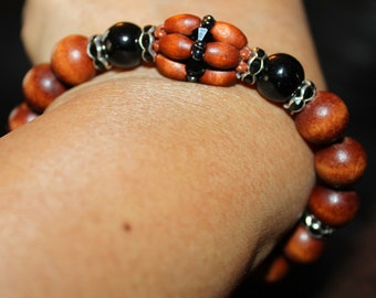 Cute Onyx & wooden beaded shamballa bracelet; handmade, beadweaving, elegant, casual wear, party wear, black, brown