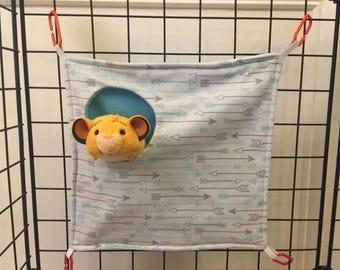 Sugar glider peek a boo hammock (blue/grey arrows)