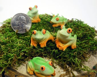 Fairy Garden Frog, Miniature Frog, Woodland Creatures, Fairy Forest  Friends, Tiny Green