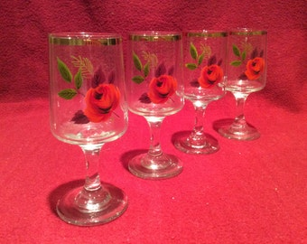 Gold Rimmed Rose Pattern Sherry Glasses Set of 4, 11cm tall