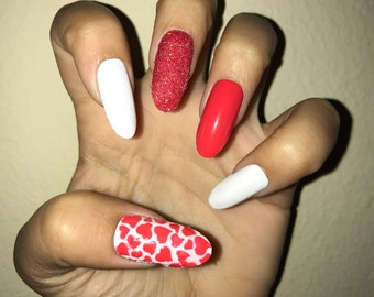 Hearts & Love acrylic nails