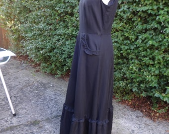 Black Victorian Governess Style dress, floor length, pockets, Size 10-12