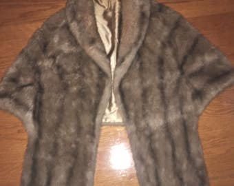 1980's Vintage Regina Glenera By Glenoit  Faux Fur Caplet Shawl Shrug  Stole Jacket  Made USA One Size