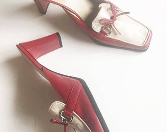 Bandolino Red & Cream Mules / Vintage 1990's Shoes / Vintage Heels / 90's High Heels