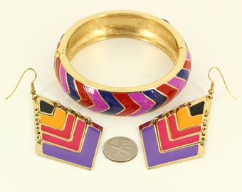 Vintage Big Chunky Matching Jewelry Set - Statement Clamper Bracelet Large Pierced Earrings Demi Parure - Red Pink Chevron Estate Jewellery
