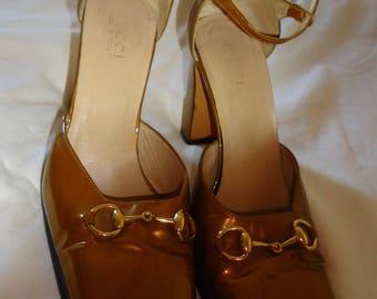Vintage Gucci Gold Patent Horse Bit Women heels 39 C