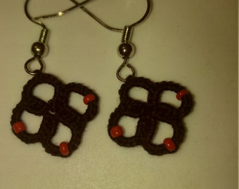 Hand tatted black with red beads earrings copper free
