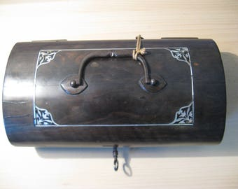 An antique ebony wooden music box - inlaid with parlemore - ca. 1880!