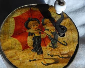Antique Round Metal Music Box Hurdy Gurdy German 2-3/4 inch