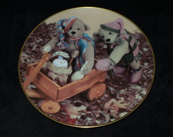 """1988 Gorham Time Machine Teddies """"Hunny Munny and T.M.T."""" Collector Plate by Beverly Port"""