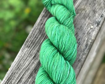 "Luxury MCN Sock Yarn - ""Everygreen"" in Lillian's Luxery Sock"