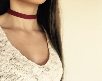 Burgundy Faux Leather Choker Neclace