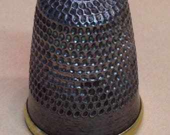 Vintage metal thimble, brass lined