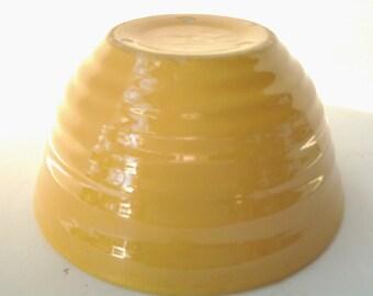 Yellow ringed mixing bowl