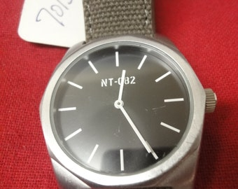 Gents NT 082 designer watch with canvas strap
