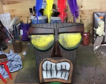 Aku Aku Mask, Crash Bandicoot.
