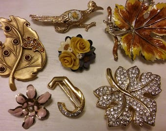 BULK BUY 7 gold brooches