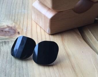 Panes of Black