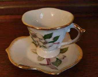 Dainty Lugene's Tea Cup and Saucer Set