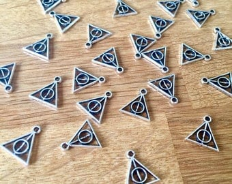BULK 10 Harry Potter Charms Deathly Hallows Triangle Charms Antique Silver Tone Double Sided
