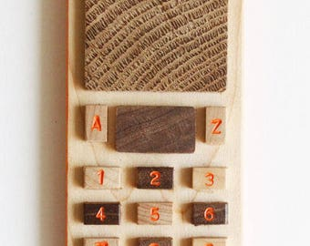 maple wood cellphone