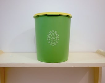 Vintage Green Tupperware Container / Tupperware Canister Apple Green Yellow Lid Plastic / Retro Kitchen /  Vintage Food Storage Container