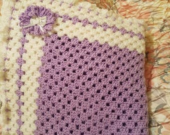 Sale 8.00 70's Crochet Granny Blanket 27/27 Chunky White/Lilac Wool Pram Blanket Baby Shower Gift Car Seat New Born Gift 100% ready to go