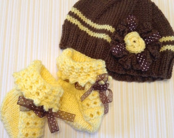 Sunflower Hat and Booties Baby Girl Gift Set Baby Shower Gift