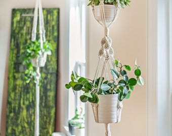 Double macrame plant hanger