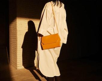 Vintage 80's Mustard Yellow Vegan Clutch Shoulder Bag Purse