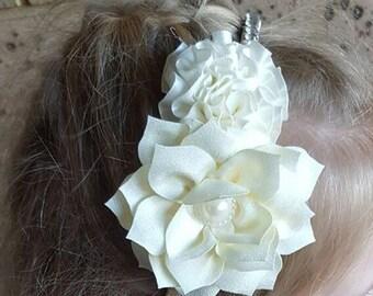 Cream Flower Wedding Headband, Wedding Head Band, Ivory Flower Wedding Fascinator, Floral Wedding Fascinator, Bridal Headpiece, Flower Girl