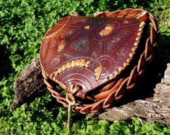 bag made of vegetable tanned leather - from 140 euros to 95 PROMOTION brass key