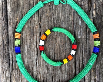 Zulu round beaded necklace and bangle set/African bead necklace/African jewelry/tribal jewelry/Tribal jewelry/jewelry set