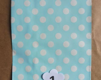 10 piece set in 5 different colours Chevron envelopes here listed and numbered