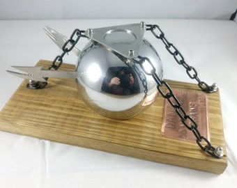 Phantasms sentinel ball based sculpture