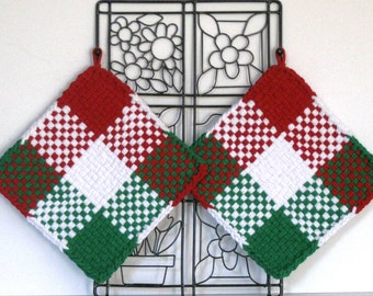 "GK's Kitchen - One Pair 8"" x 8"" -  Ready for Christmas - Red, Green and White Potholders.   Item # GK's Kitchen - Winter 00406"