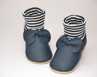 Organic leather baby shoes with bow
