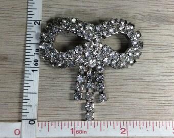 Vintage Silver Toned Rhinestone Bow Ribbon Pin Brooch Used Lot H