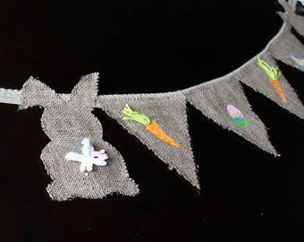 Liquidation! Decoration for Easter! Garland of pennants jute with rabbits, carrots and Easter eggs, hand-painted patterns.